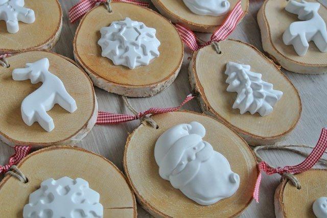 Natale portalumino renna for Decorazioni in gesso